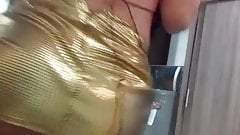 Shaking that Tranny Booty