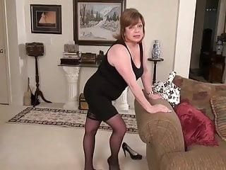 Mature woman sexy Very sexy mature woman