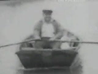 Vintage boating Up to the boat - circa 1930
