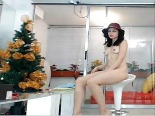 Desnudos eden gay hombres - Nena sexy de colombia muestra su blanco cuerpo desnudo