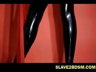 Bdsm bizarre bondage slave video - Latex freak vixen pleasures herself