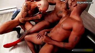 Black guys have fun in threesome anal sex