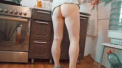 cooks in the kitchen without panties