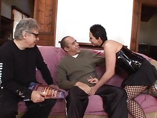 Media player fishnet pussy - Girl in fishnet pussy licked and gives foot job