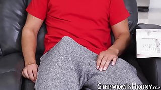Blonde stepmom Jordan Maxx doggystyle fucked after blowjob