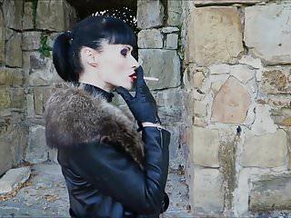 Bdsm cheyenne ca goth Autumn smoking - cheyenne de muriel
