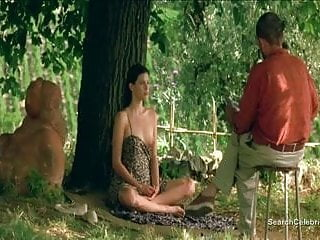 Liv tyler stealing beauty breast - Liv tyler nude - stealing beauty