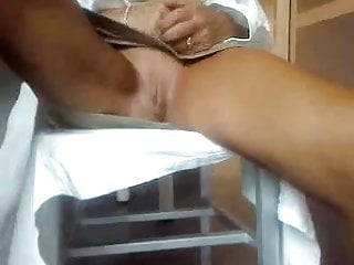 Amateur spread legs free pics Spread legs shaved pussy