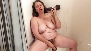 BBW step mom with hairy pussy cums on thick black dildos
