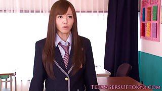Nippon teen schoolgirl facialized in class