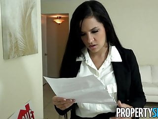 Agent dick vitales Propertysex - ruthless real estate agent fucks big dick