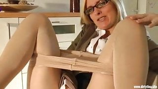 Fucking horny Step Mom in Nylons