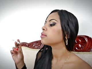 Brazilian man nude Smoking fetish - latina fumando no nude