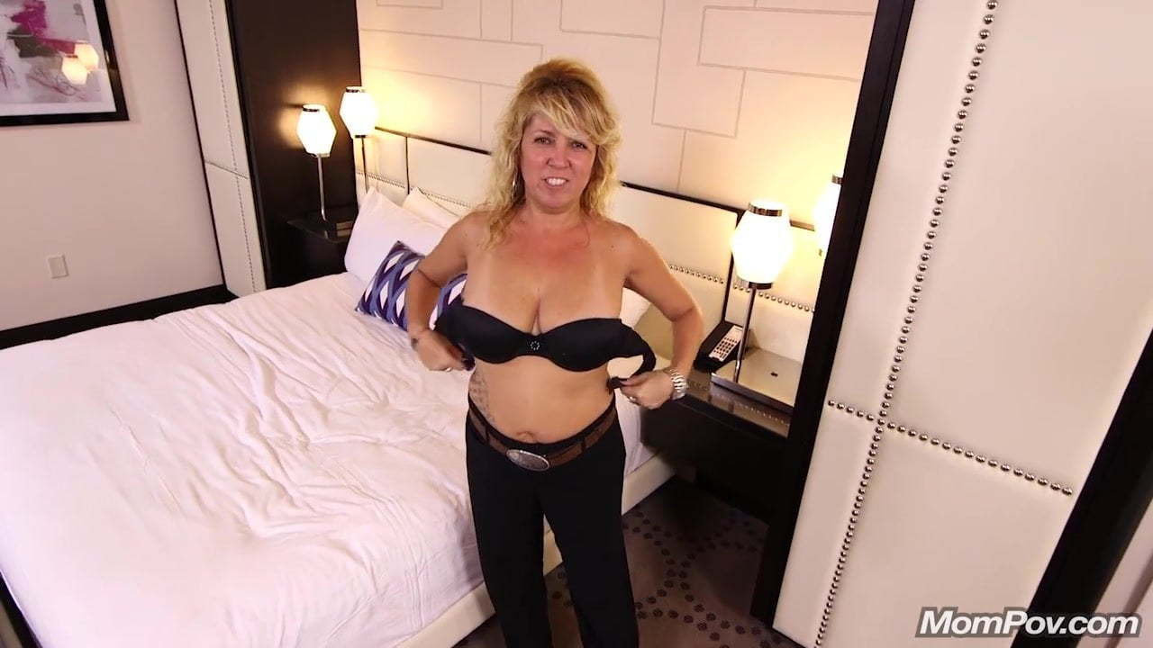 French Milf Claire Anal