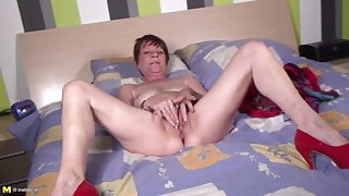 Granny in red high heels needs a good fuck