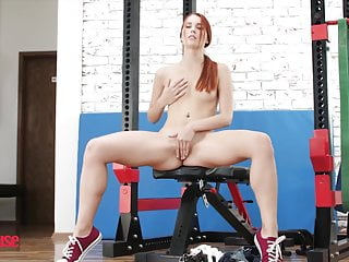 Gay dog suck dick Working out sucking dick with redhead tina kay - dog house