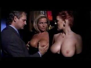 Donne mature porno - Due belle donne giocando con el cazzo