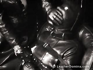 Leather fetish harness The leather domina - leather fetish - total leather bondage