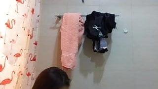 filipina maid 2