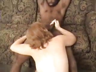Vedete sexy - Sexy redhead wife loves that big black cock 4.eln