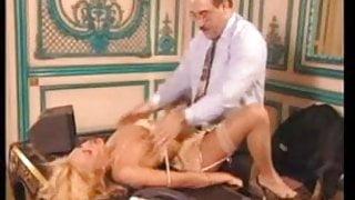 Dru Berrymore Roberto Malone