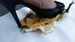 Bellasfinef33t czarne szpilki crush bananowe