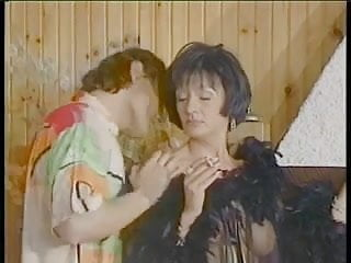 Retro deep throat videos Classic deep throat, anal, group, retro, smoking.