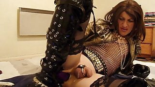 EXTREME SISSY BUURVROUW - LIKED TO FIST HER ASS - CAROLASMIT