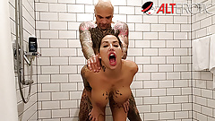 Fucking tattooed slut Heidi Van Horny in the shower