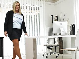 Office girls you porn - Curvy czech milf crystal swift playing in the office