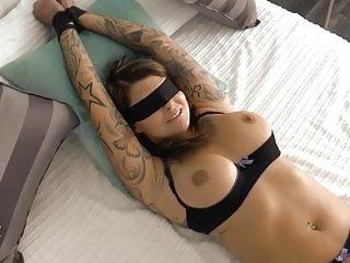 Bondage oics Blind, gefesselt, benutzt besamt merry4fun