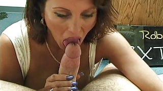 Big tit mature blowjob