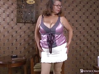 Asian granny pics - Omageil collection of hot mature films and pics