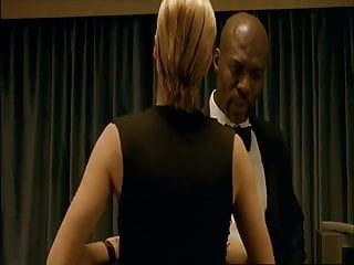 Rebecca romijn sexy - Rebecca romijn - femme fatale