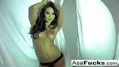 Stunning Asa Akira Plays With Her Wet Pussy