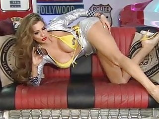 Linsey lowhan naked Linsey on rlc pitcrew in yellow heels