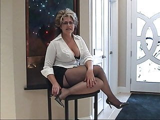 Mature up skirt slow tease video Hot milf slow tease prt.1 no sound