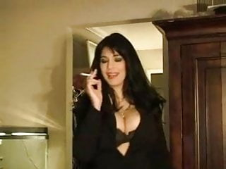 Hot sexy porn forums fetish smoking Hot sexy brunette cougar smoking solo