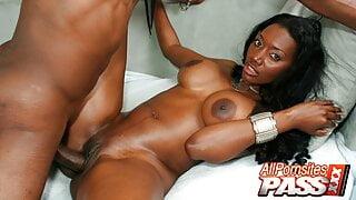 Creampied Busty Black Hottie Nyomi Banxxx