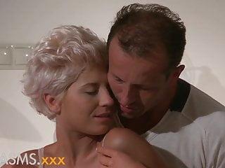 Classy older sexy woman Orgasms classy babe fucks older lover