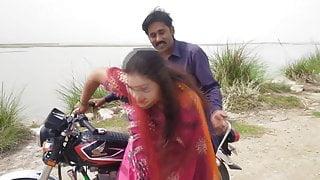 Tharik bike driver desi aunty hot