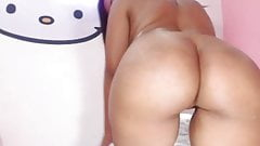 webcam curvy latina teases