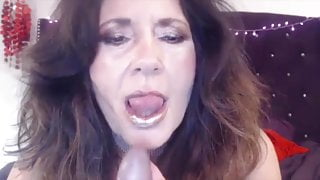 Naughty old stepmom with dirty talks bangs cunt and gets cum