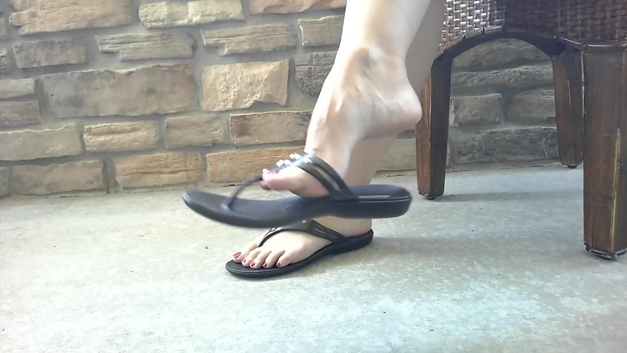 Arched feet and painted the fetish