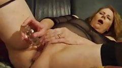 redhead mature wife masturbates to orgasm