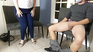 I pull out my cock in the doctor's waiting room !