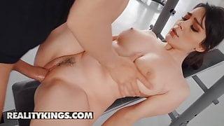 Big Naturals - Valentina Nappi Alberto Blanco - Big Titty