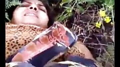 VILLAGE AUNTY SHOWING HER BIG BOOBS AND PUSSY IN OPEN