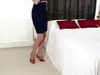 The latest fashions for chubby girls Holly kiss - fully fashioned fun
