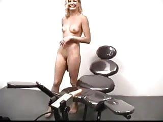 1000 ways to die handle masturbation Blonde cant handle fucking machine